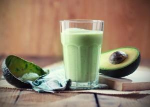 spirulina-avocado-smoothie