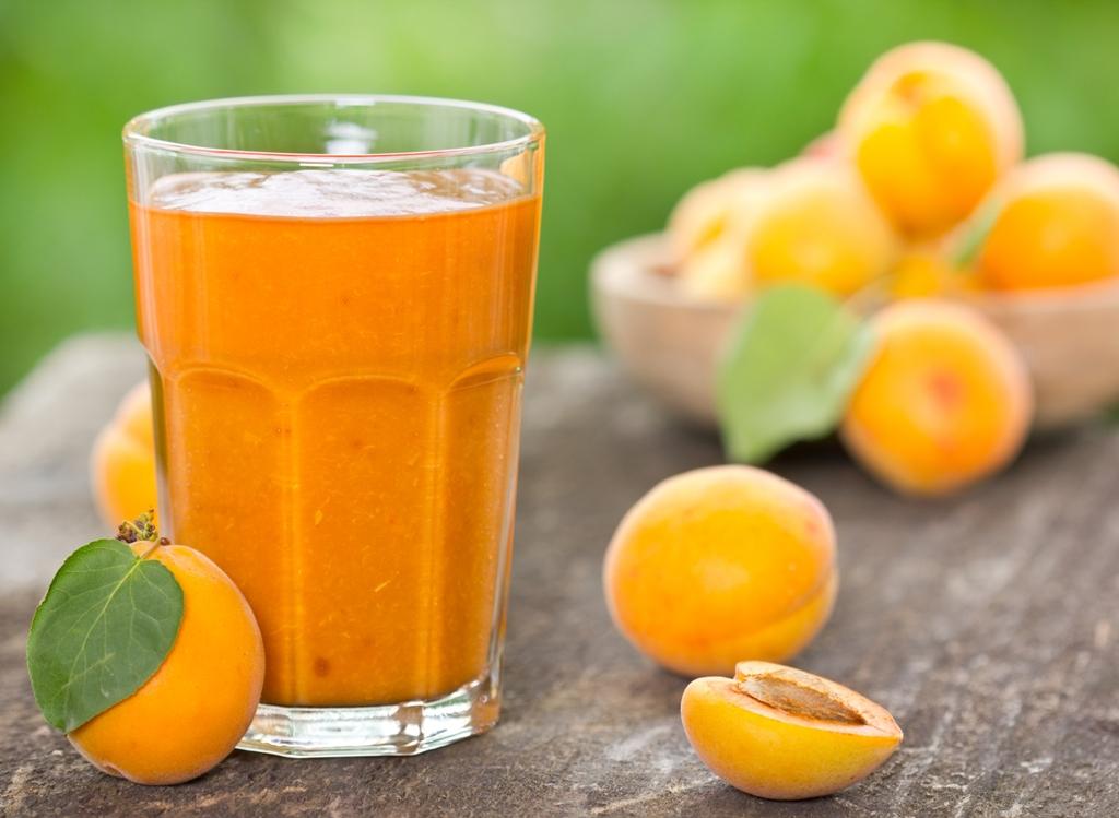 apricot-smoothie